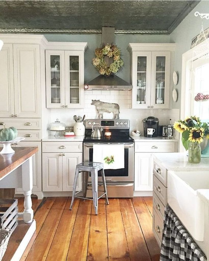 Beautiful Green Kitchen Ideas 28