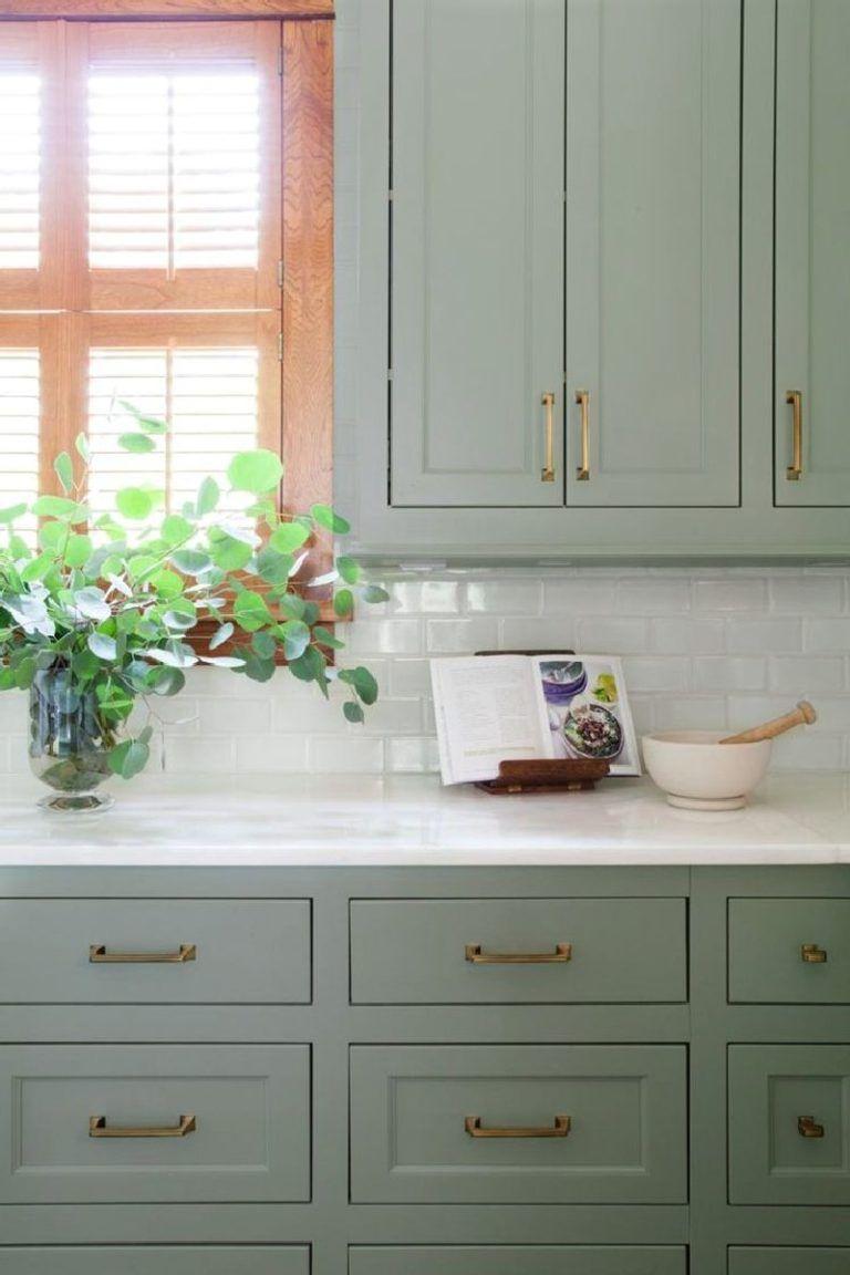 Beautiful Green Kitchen Ideas 34