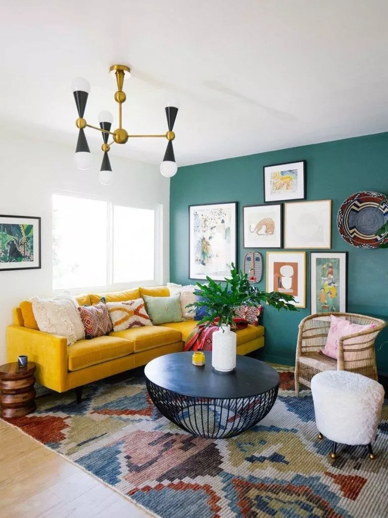 Beautiful and Colourfull Livingroom 1