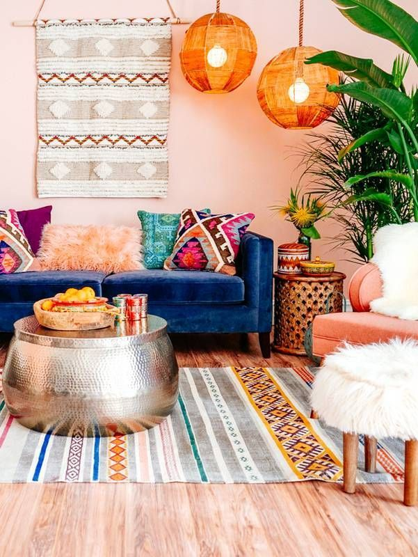 Beautiful and Colourfull Livingroom 34