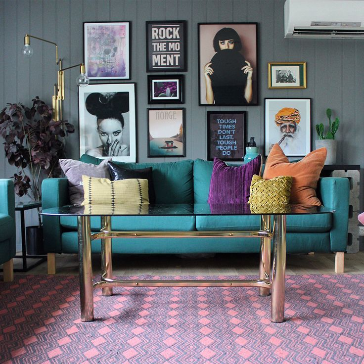 Beautiful and Colourfull Livingroom 6