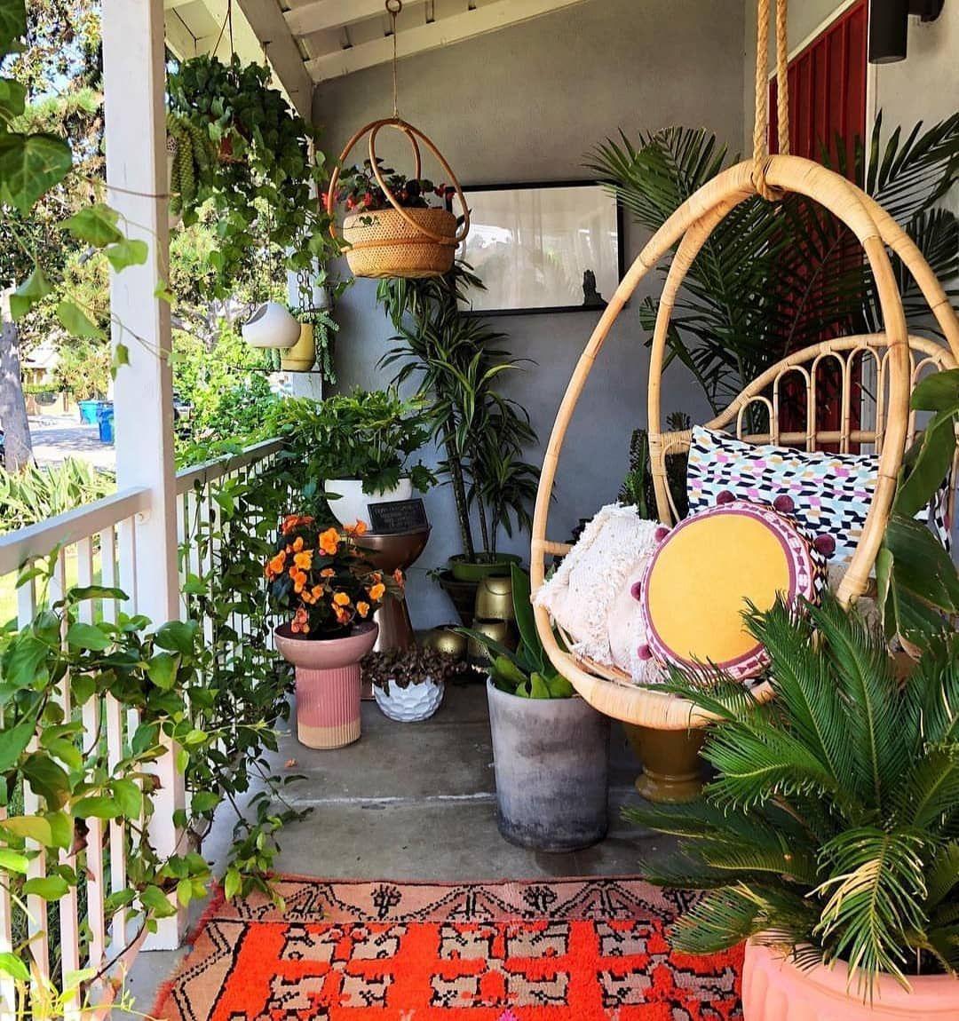 Elegant Balcony Ideas 37