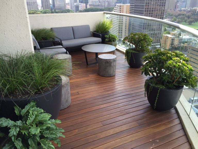 Elegant Balcony Ideas 43