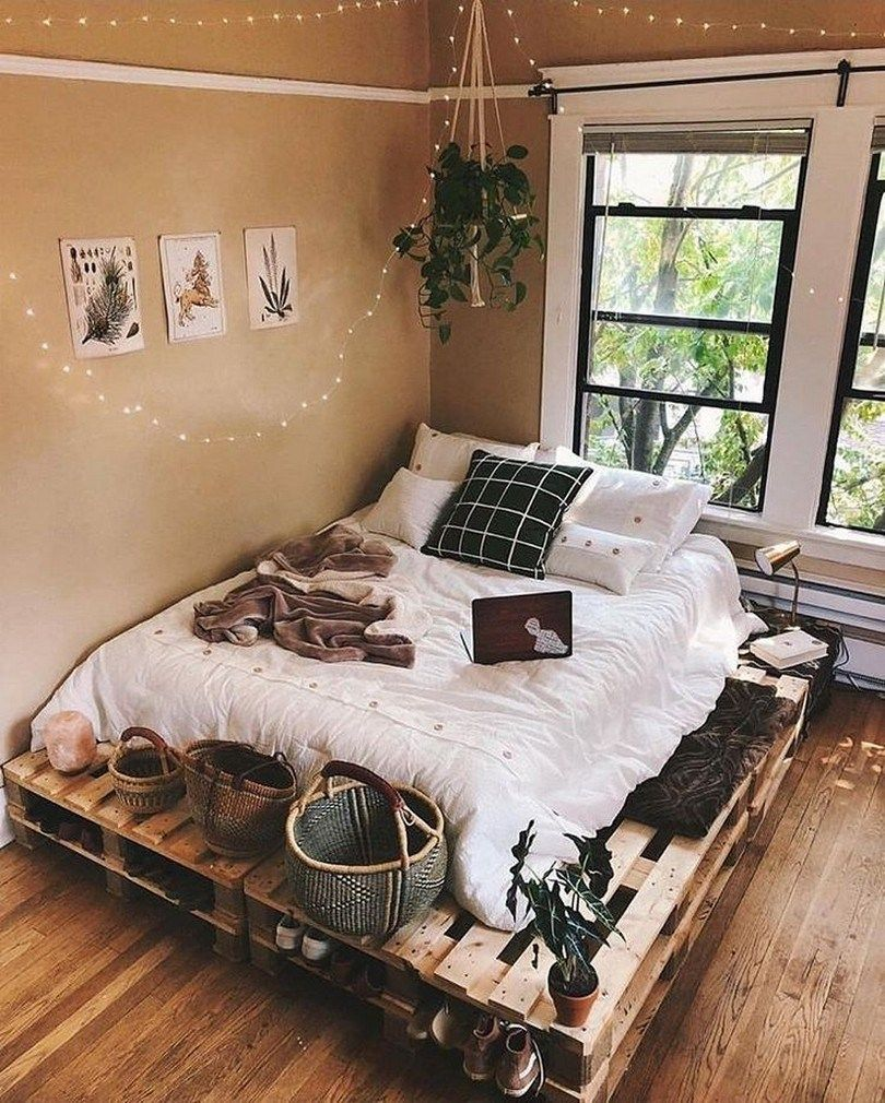 Small Apartment Bedroom Decoration 1