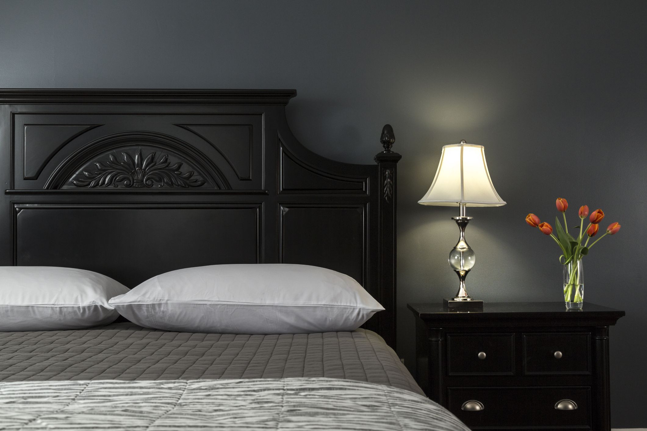 Alluring Bedroom Designs Dark Wall Decorating Ideas for Dark Colored Bedroom Walls