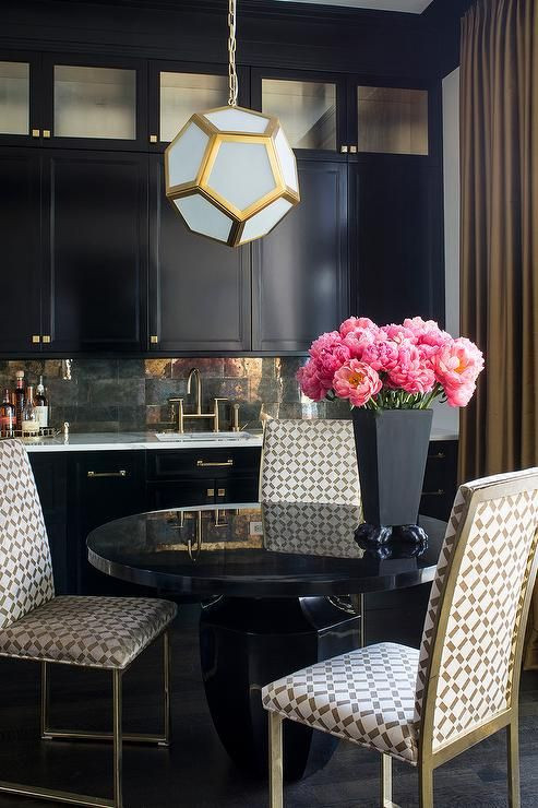 Black and Gold Dining Room Ideas 1000 Ideas About Gold Dining Rooms On Pinterest