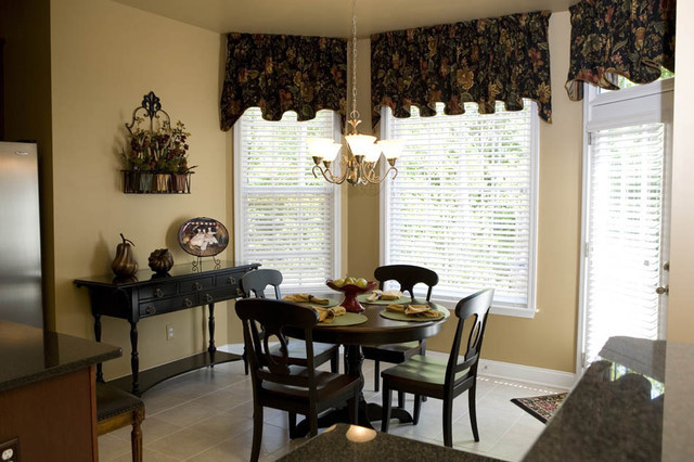 Black and Gold Dining Room Ideas Black and Gold Dining Rooms