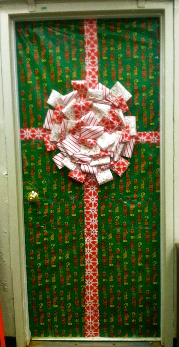 Door ornament Ideas 17 Best Ideas About Christmas Classroom Door On Pinterest