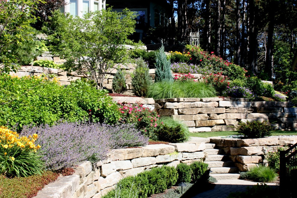 Elegant Backyard Design Elegant Landscape Ideas for Steep Backyard Hill Garden