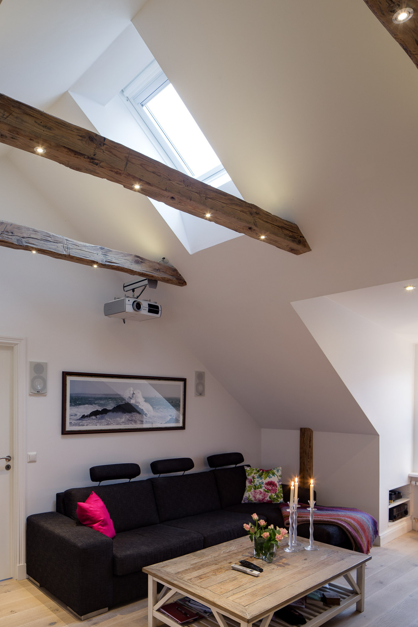 Elegant Modern attic Ideas Elegant Small E Bedroom Modern attic Apartment with