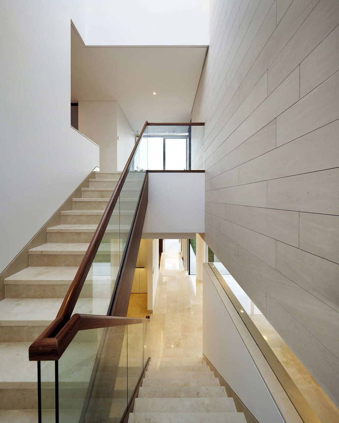 Glass Stairs Ideas 21 Beautiful Modern Glass Staircase Design