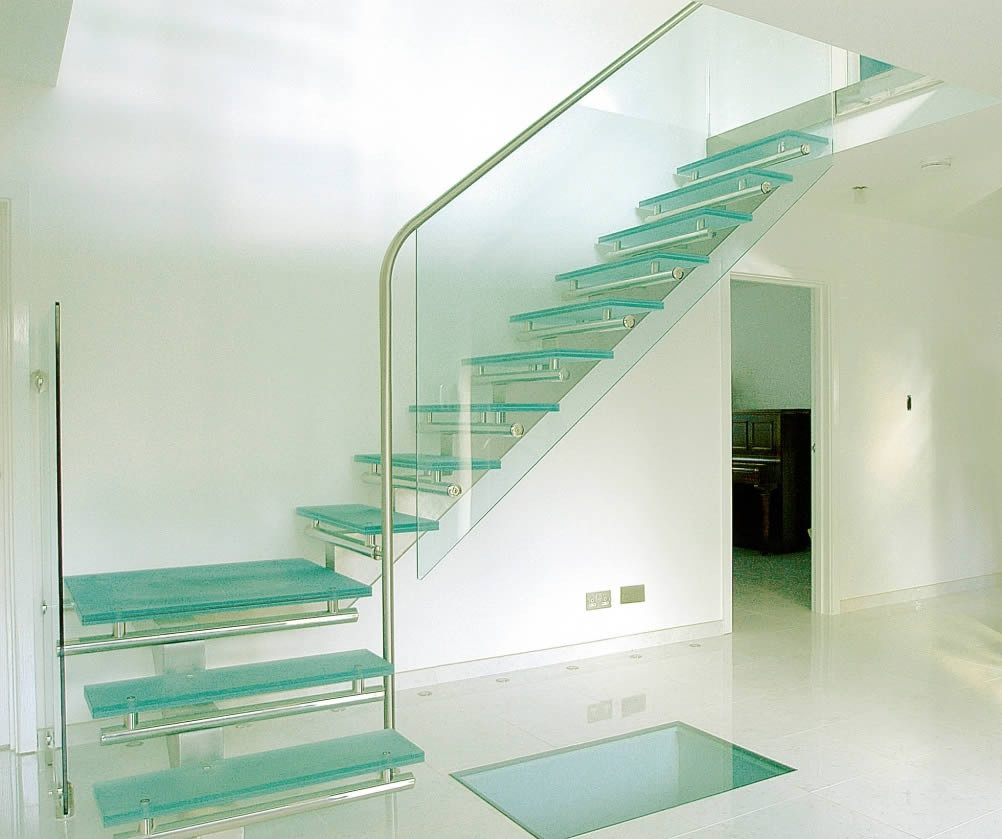 Glass Stairs Ideas Quick Ideas for Statement Staircases