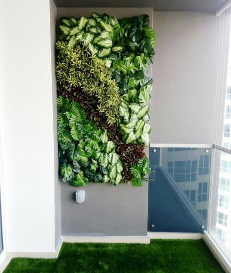 Artificial green wall & grass Small balcony garden ideas