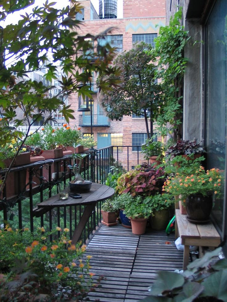Green Balcony Ideas Best 25 Balcony Garden Ideas On Pinterest
