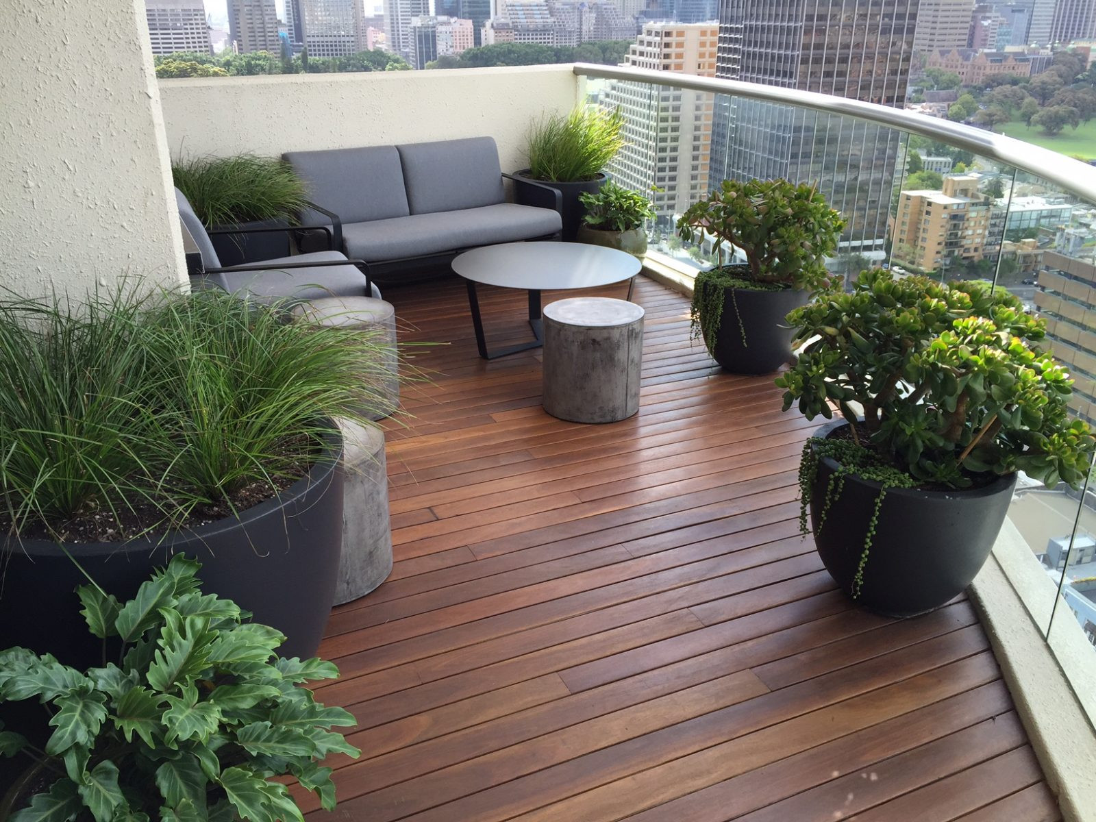 Green Balcony Ideas Urban Oasis Balcony Gardens that Prove Green is Always In