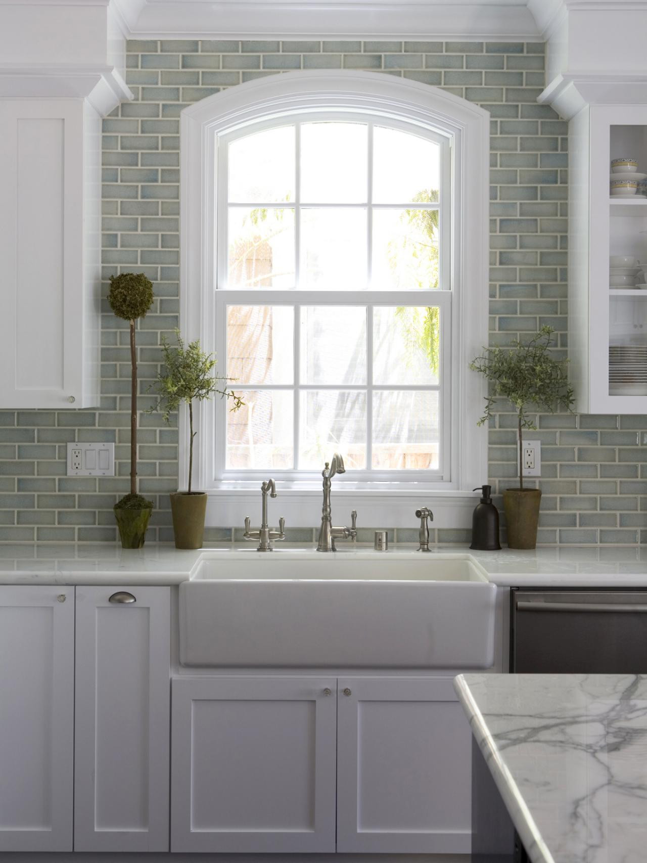 Kitchen Backsplash Design Kitchen Window Treatments Hgtv & Ideas