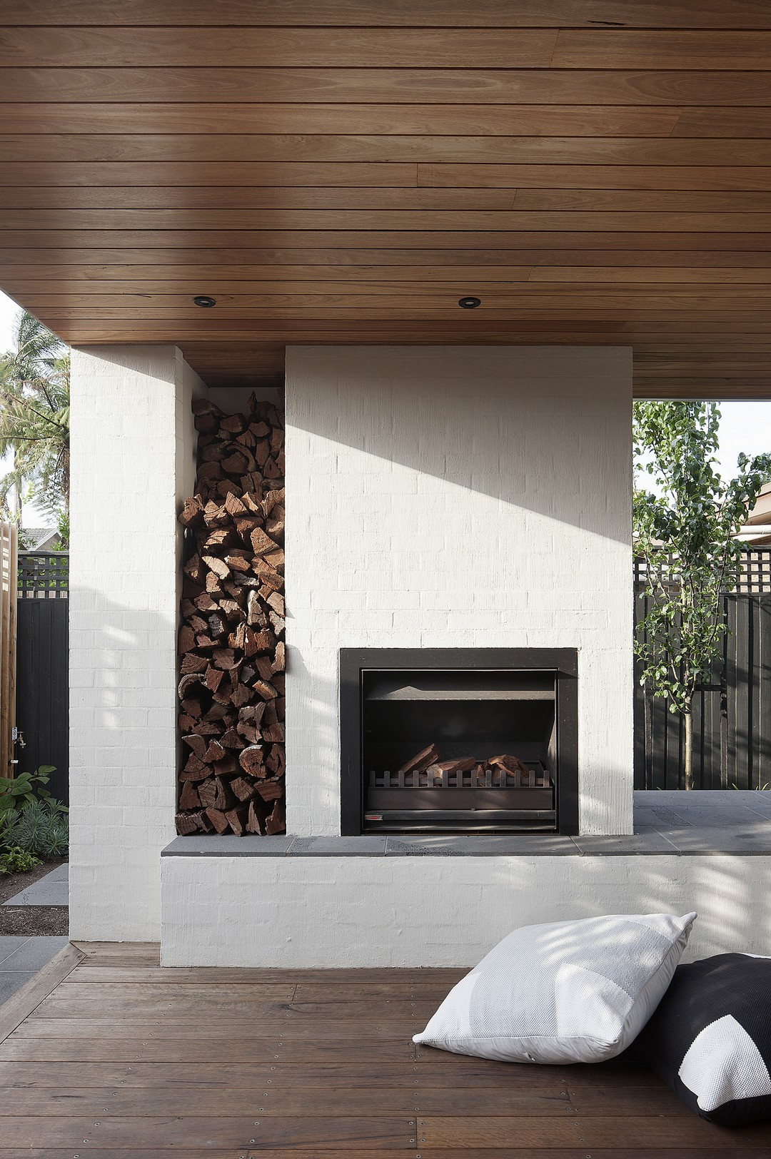 Outdoor Fireplace Design 22 Awesome Outdoor Fireplace Design Ideas Echitecture