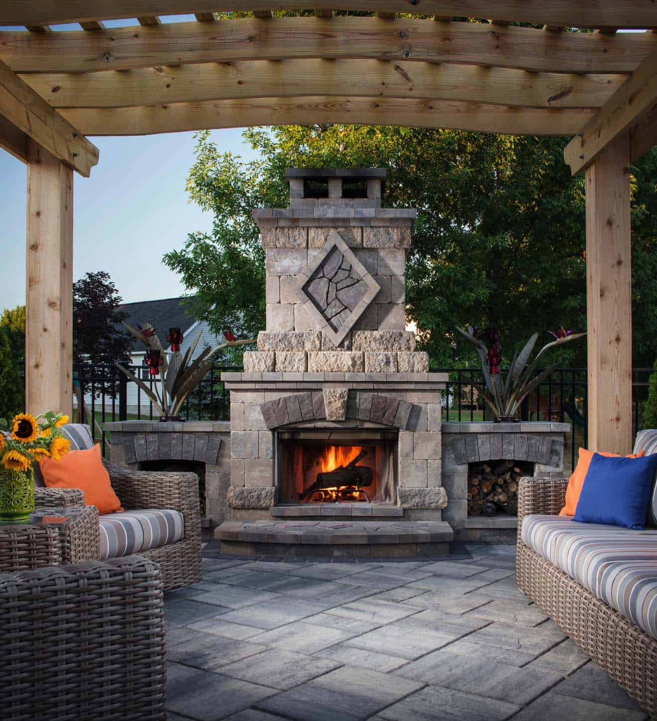 Outdoor Fireplace Design 30 Irresistible Outdoor Fireplace Ideas that Will Leave