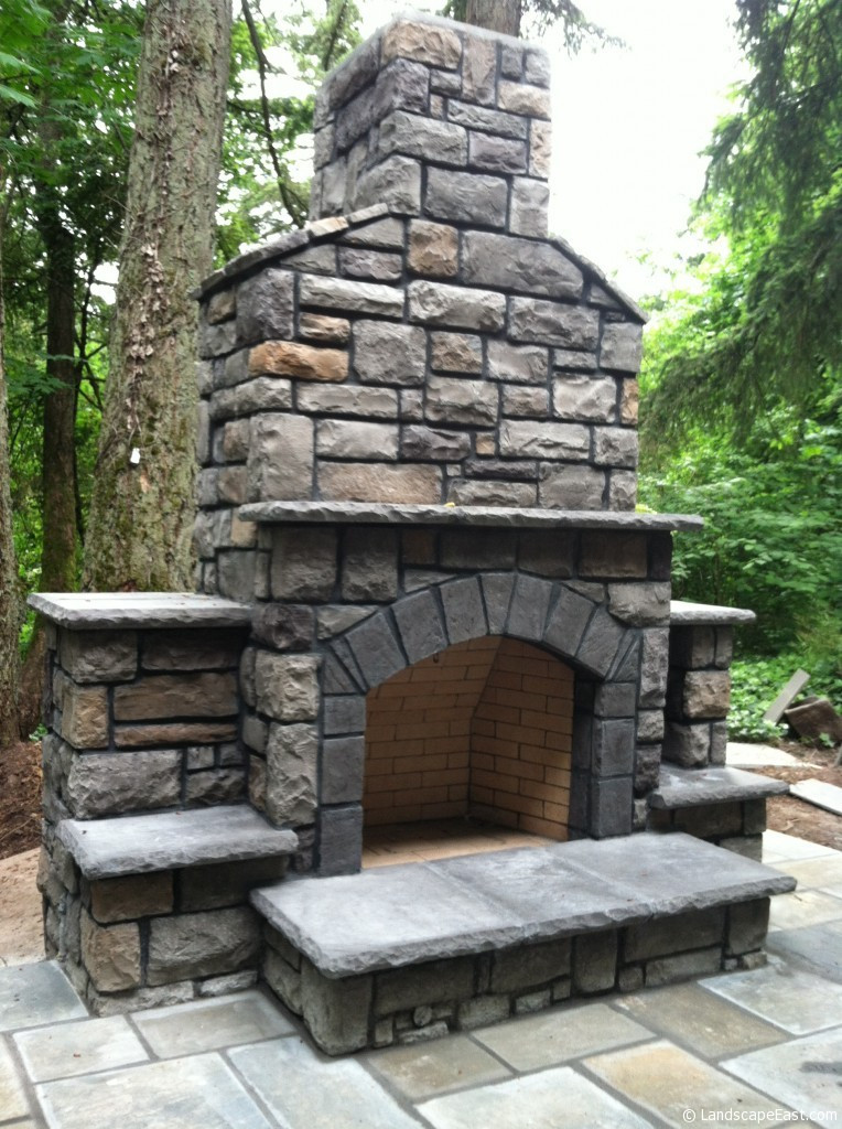 Outdoor Fireplace Design 7 Outdoor Hearths Perfect for Portland Landscaping