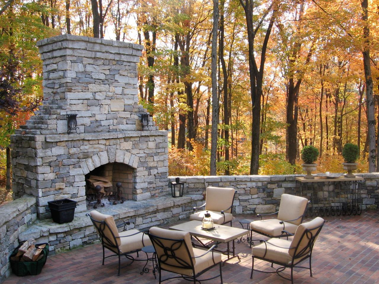 Outdoor Fireplace Design Outdoor Decorating Ideas