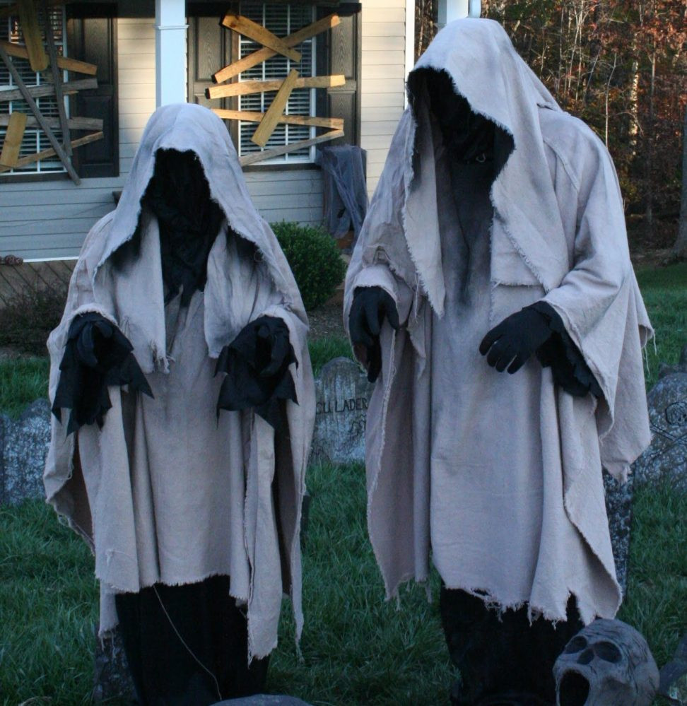 Outdoor Halloween Decorations 40 Funny & Scary Halloween Ghost Decorations Ideas
