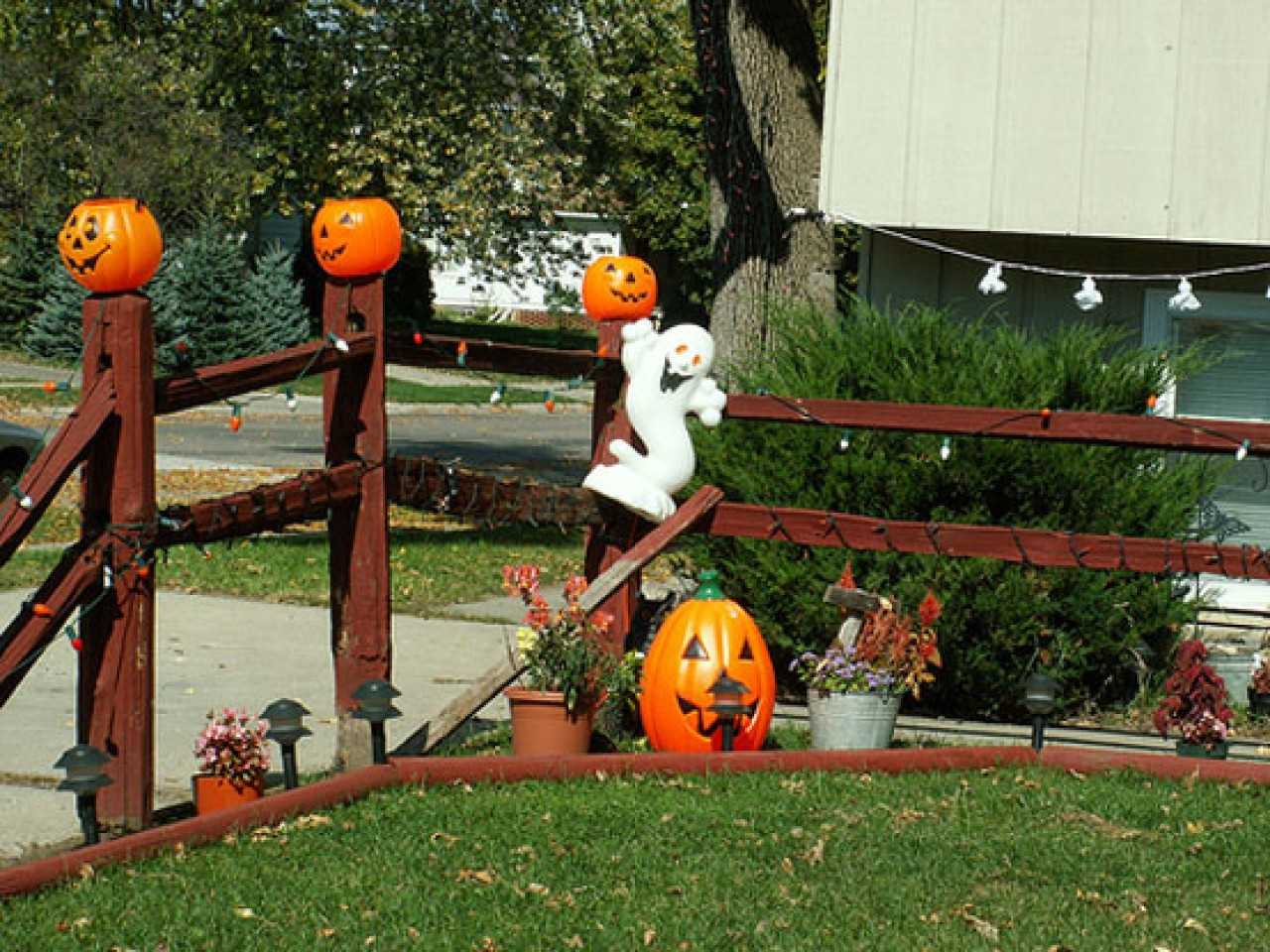 Outdoor Halloween Decorations Outside Halloween Decorations Ideas Best Outdoor