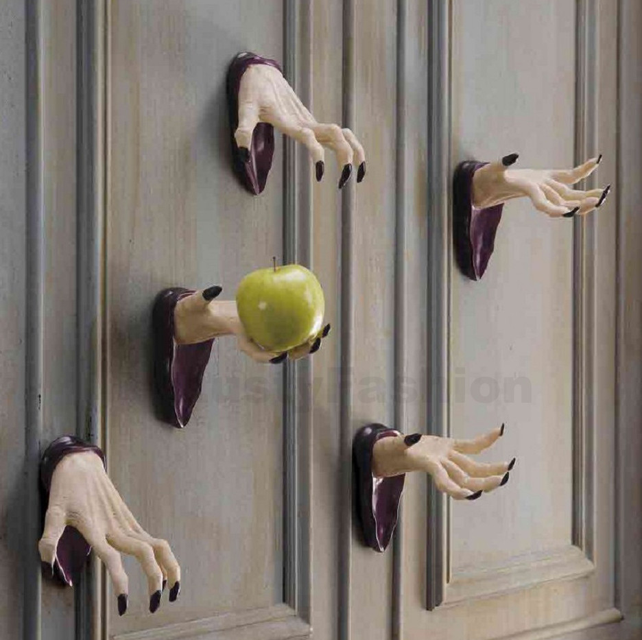 Unique Door Decoration Unique Halloween Decorating Ideas