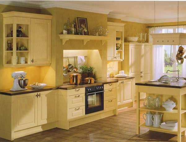 Yellow Kitchen Designs 25 Best Ideas About Small Country Kitchens On Pinterest