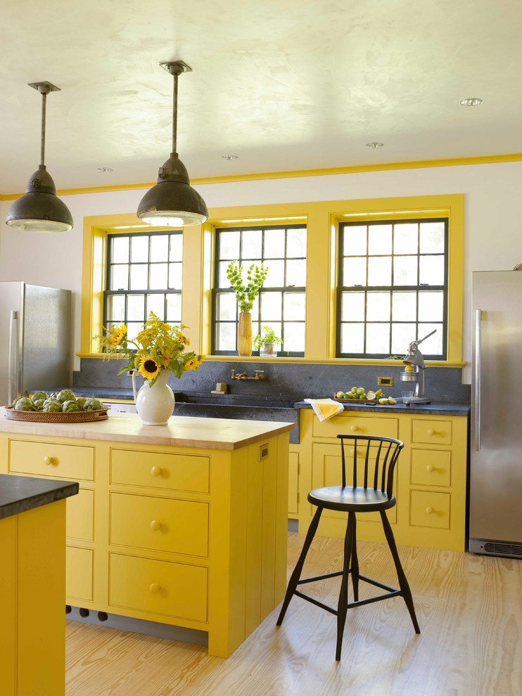 Yellow Kitchen Designs 36 Modern Farmhouse Kitchens that Fuse Two Styles Perfectly