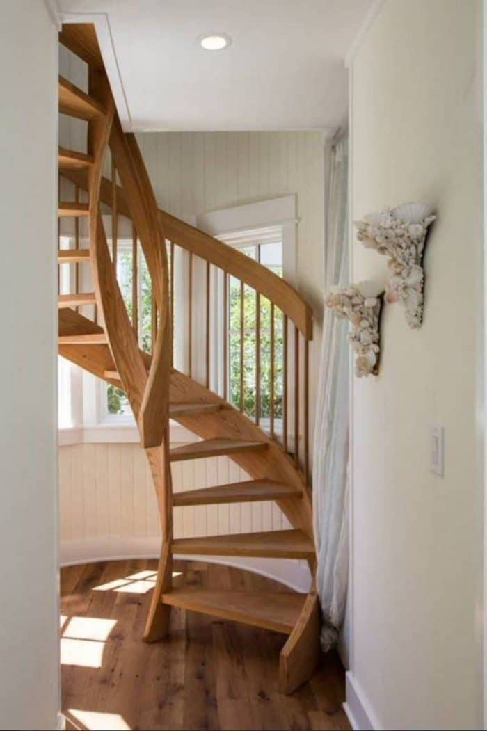 Designing Stairs for the attic Decorating Ideas Around Spiral Staircases