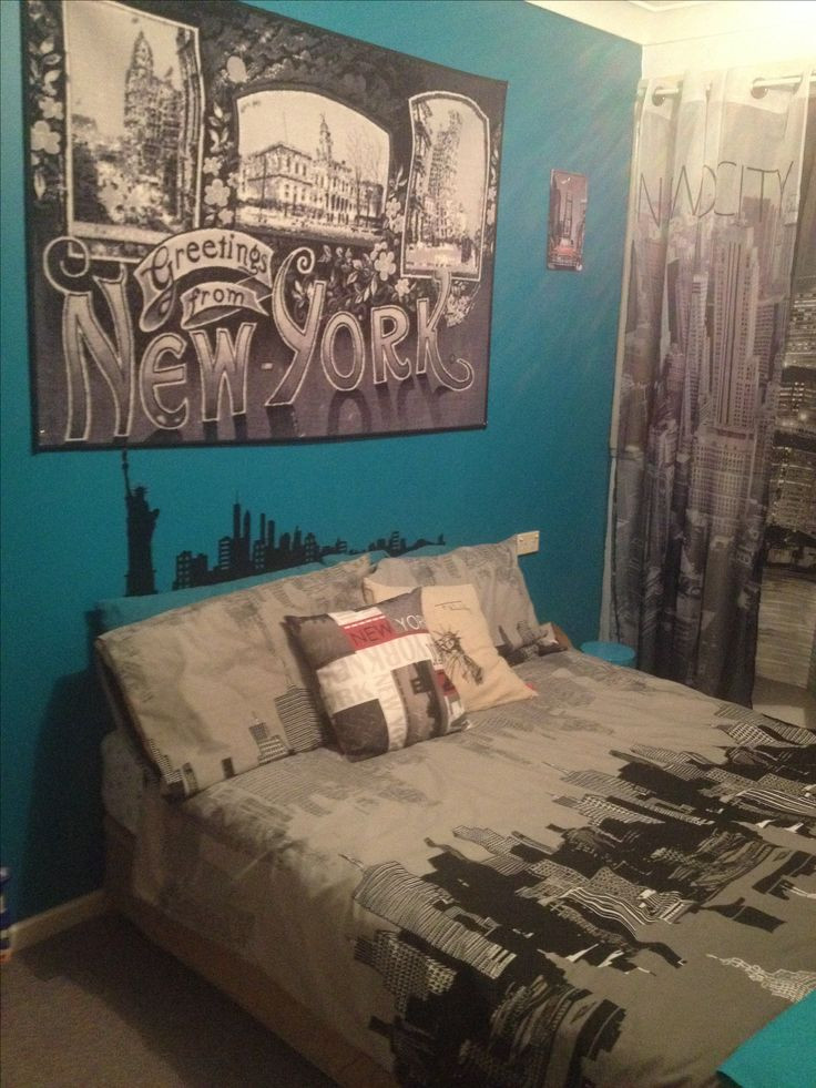 Excellent Bedrooms with Vintage touch 25 Best Ideas About City theme Bedrooms On Pinterest