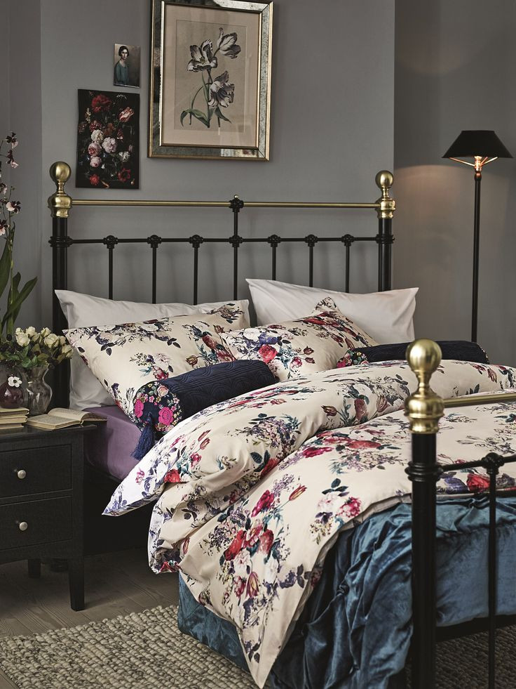 Excellent Bedrooms with Vintage touch 25 Best Ideas About Floral Bedding On Pinterest