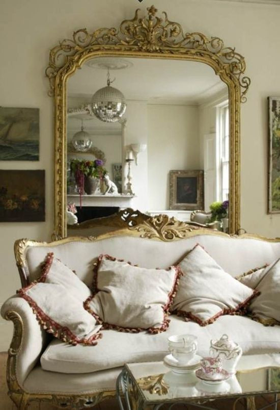 Living Room Mirrors Ideas Living Room Decorating Ideas with Mirrors