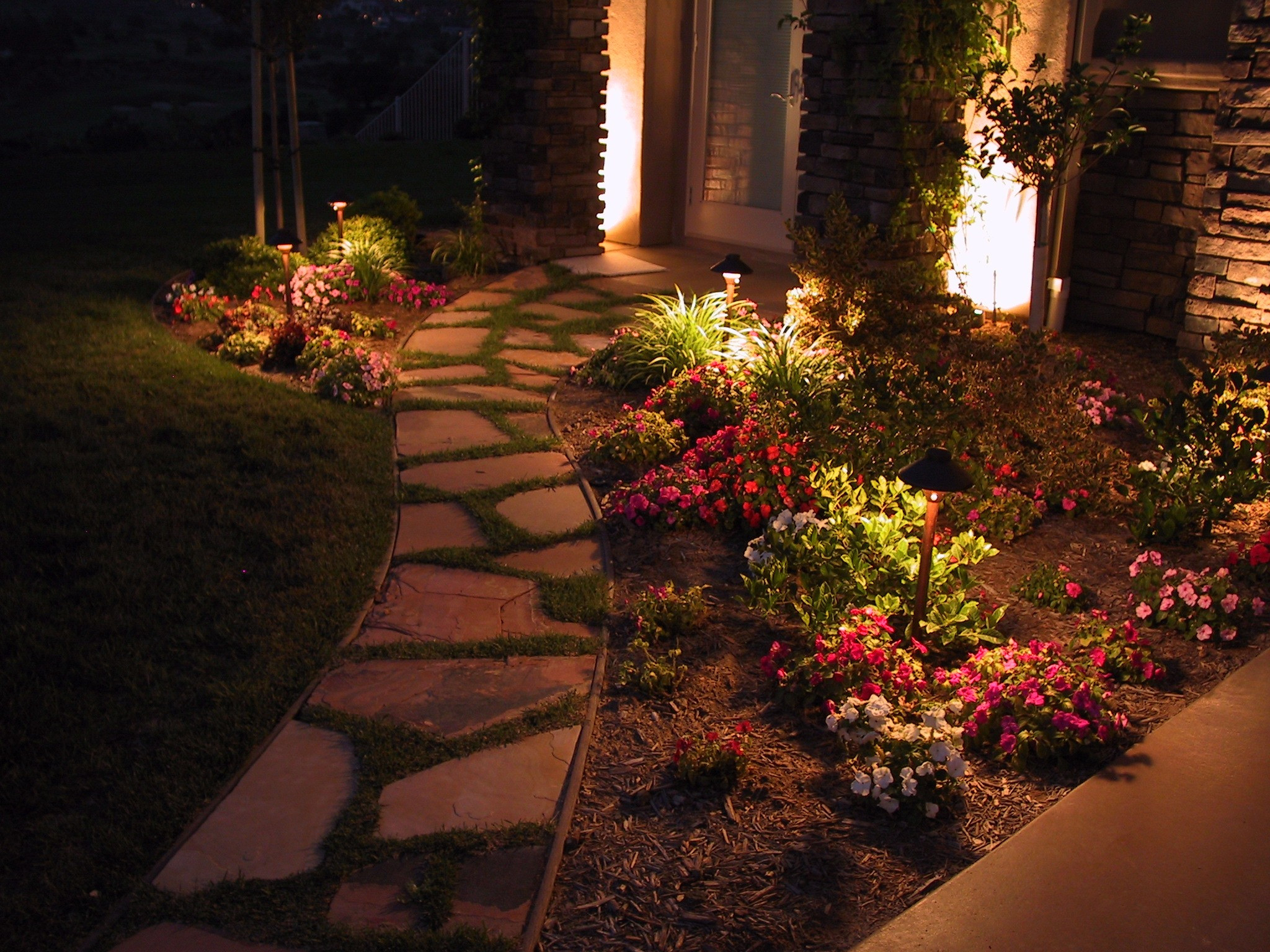 Outdoor Lighting Ideas 5 Pathway Lighting Tips Ideas Walkway Lights Guide