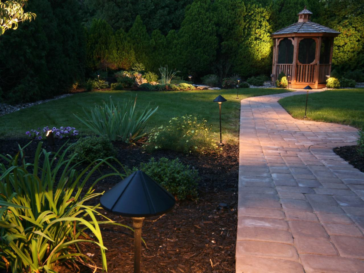 Outdoor Lighting Ideas Light Your Landscape