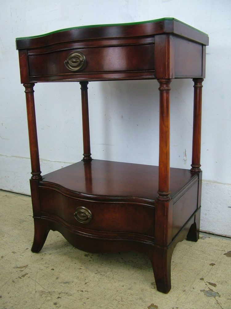 1940s Bedroom Furniture Styles Vintage Classic 1940s Mahogany Drexel Furniture Co 2 Drawer