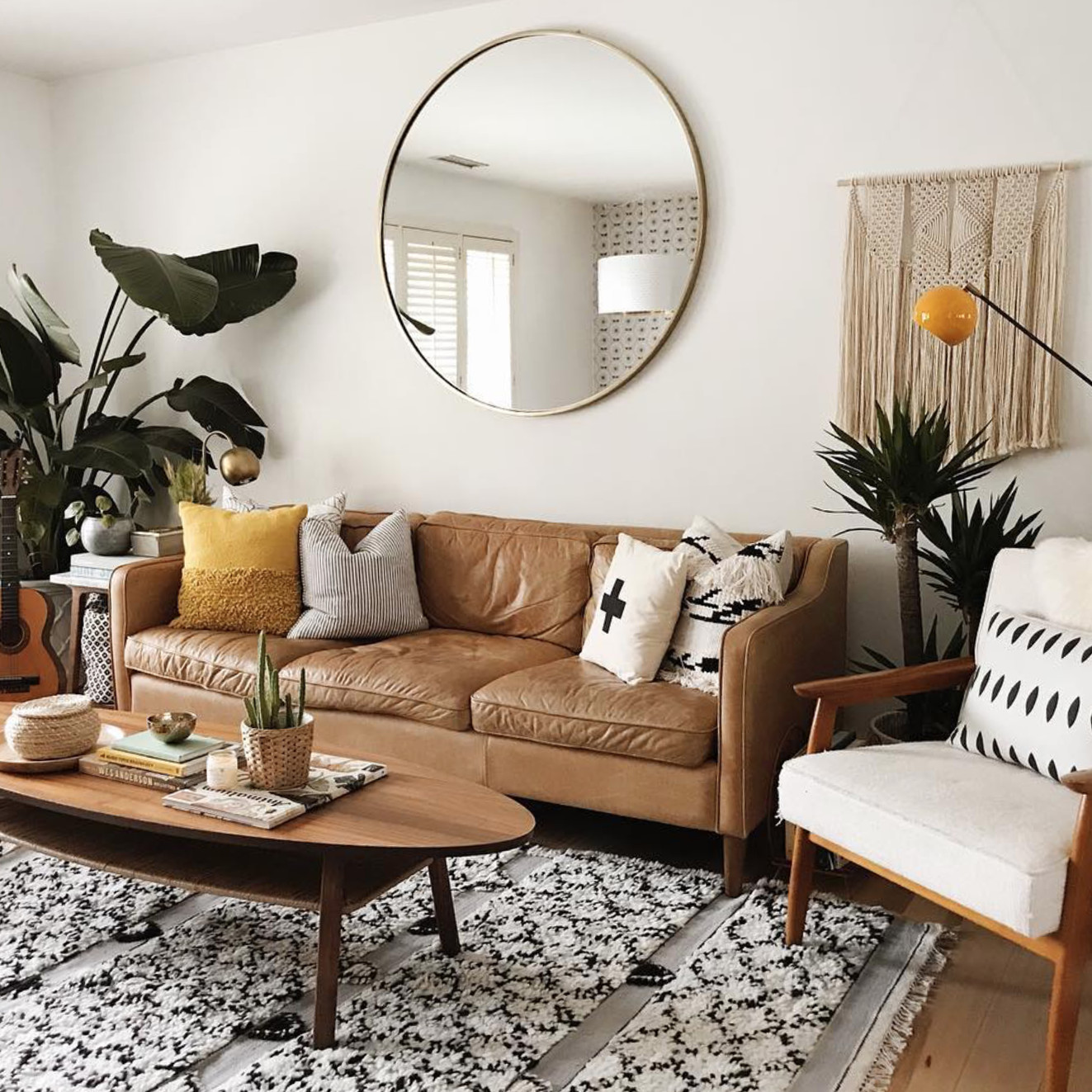 Apartment Living Room Decorating 7 Apartment Decorating and Small Living Room Ideas