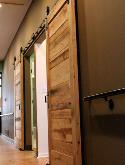 Barn Doors for Bedroom 63 Awesome Sliding Barn Door Ideas