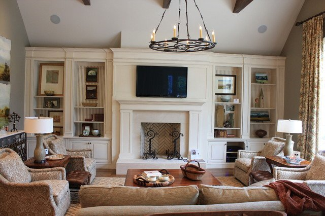 Beautiful Traditional Living Room Family Room Built Ins Traditional Living Room