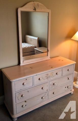 Bedroom Furniture for Sale Girl S Bedroom Furniture for Sale In Echo Lake Illinois