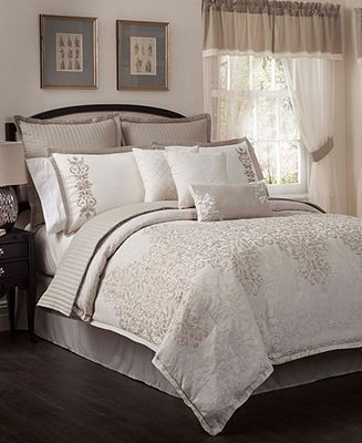 Bedroom In A Bag with Curtains Aubrey 22 Piece California King forter Set Bed In A Bag