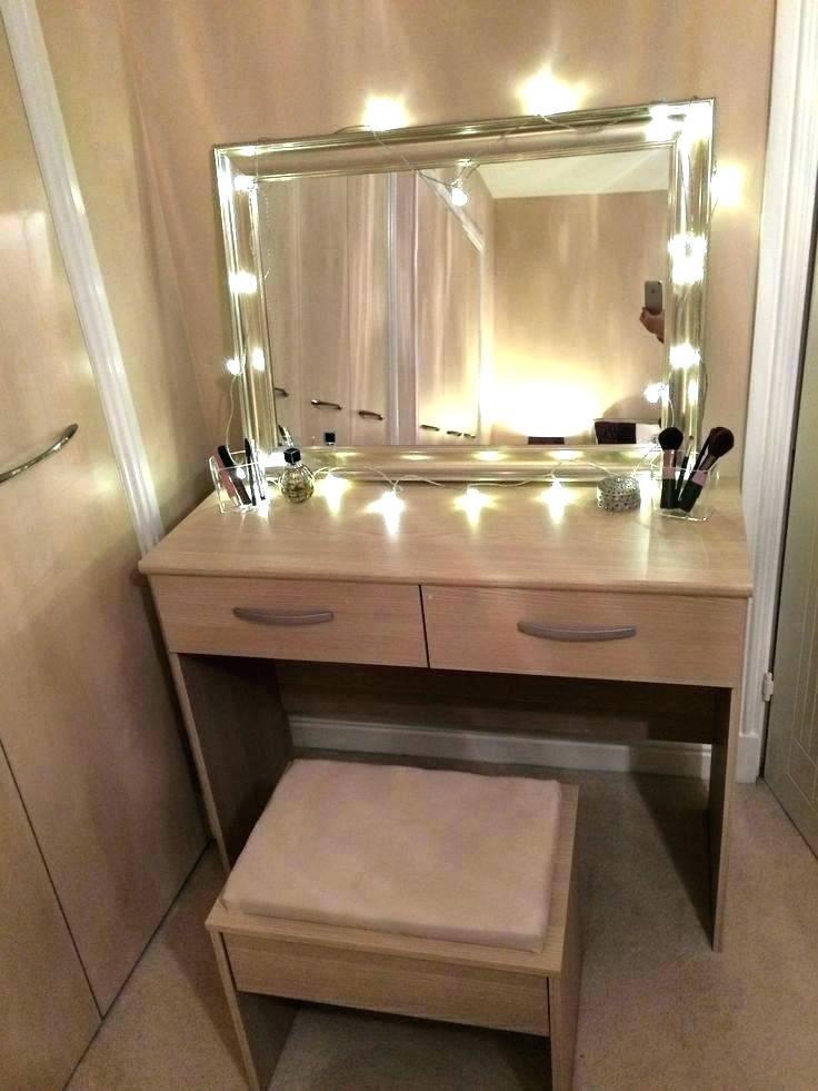 Bedroom Vanities with Light Makeup Table Lights – Roamed