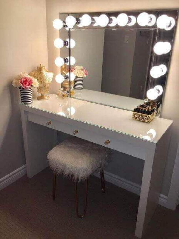 Bedroom Vanity with Light 20 Vanity Mirror with Lights Ideas Diy or Buy for Amour