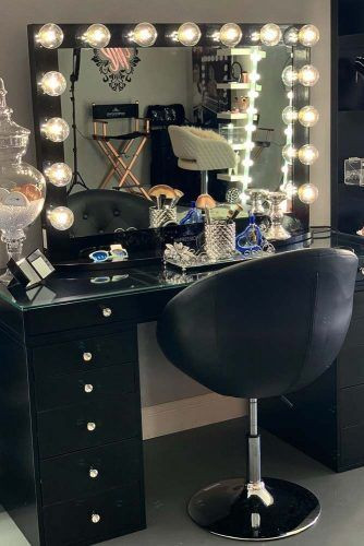 Bedroom Vanity with Light Makeup Vanity Table Ideas to assist Your Makeup Routine