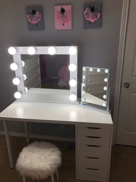 Bedroom Vanity with Light Pin On Room Closet