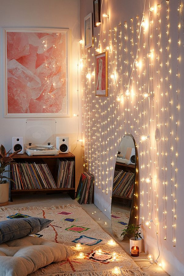 Best String Light for Bedroom How to Light Your Room with Christmas Lights College Fashion