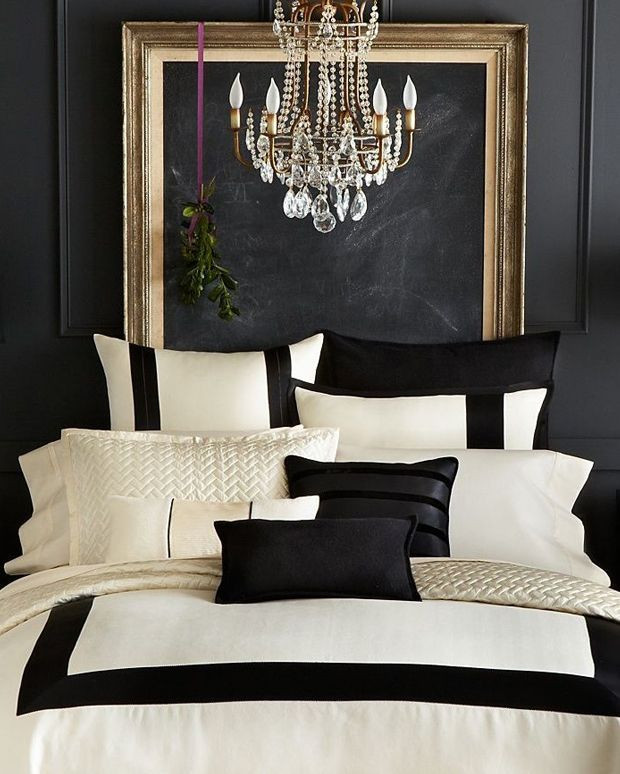 Black and Gold Bedroom Decor Luxury Bedroom Decor the Black and Gold Bedroom with