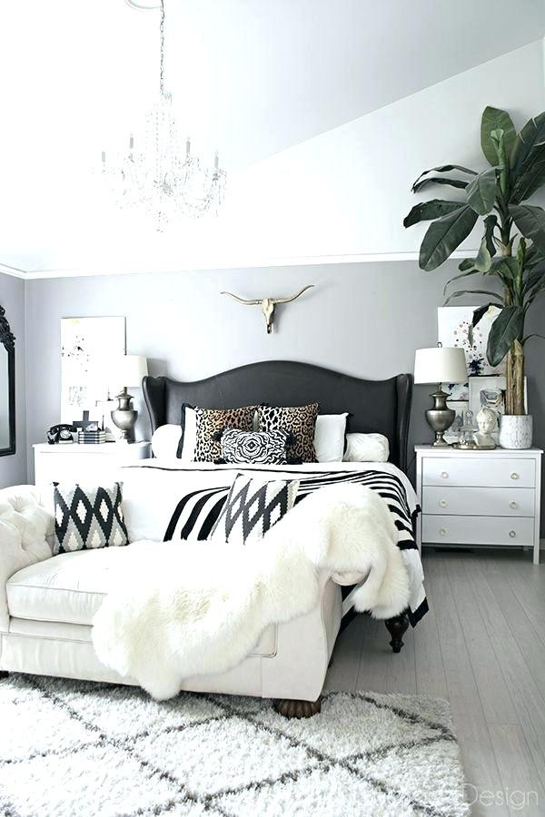 Black and White Bedroom Decor Black and White Bedroom Decor Black and White Bedroom Black