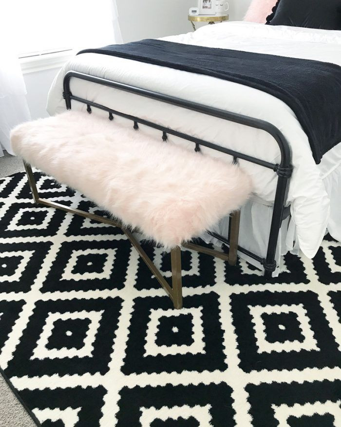 Black and White Teenage Bedroom Black and White Rug for A Teenage Girls Room