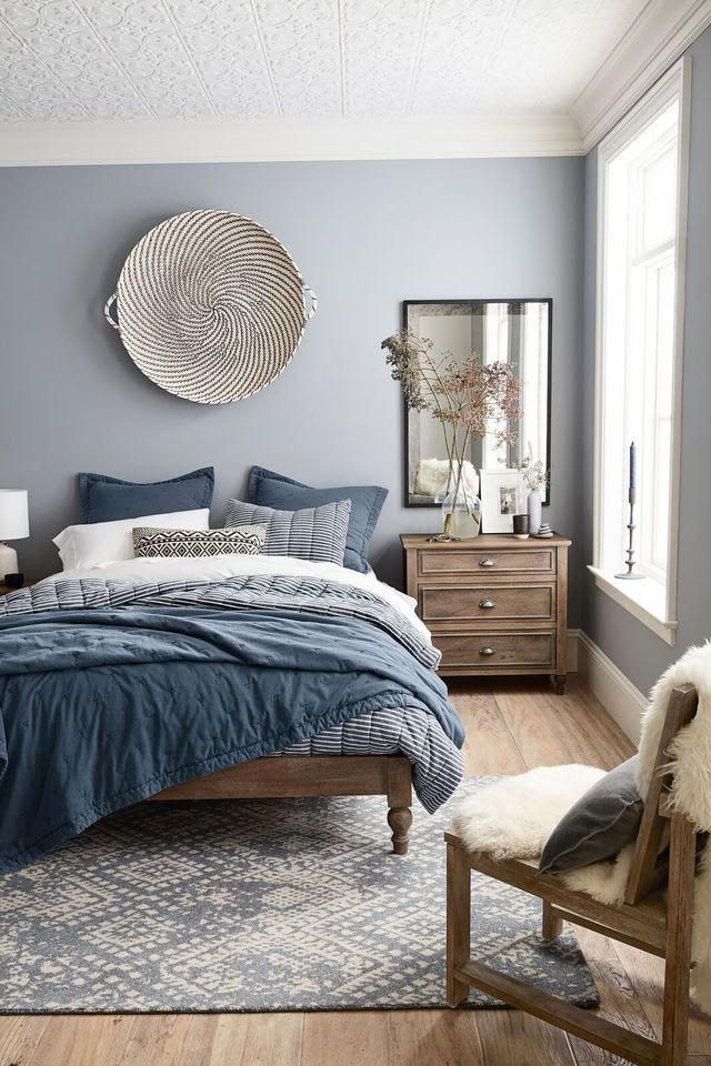 Blue and White Bedroom Ideas Blue White and Wood Lakehouse Bedroom